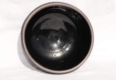 Sort håndlavet vinterskål til matcha te