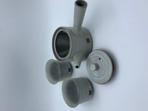 Hvid keramiske tekande med to kopper